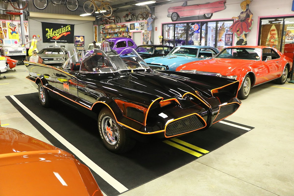 The Batmobile (01).jpg