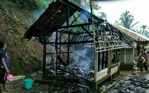 Kebakaran di Purabaya, Pusdalops BPBD Kabupaten Sukabumi Keluarkan Peringatan Dini