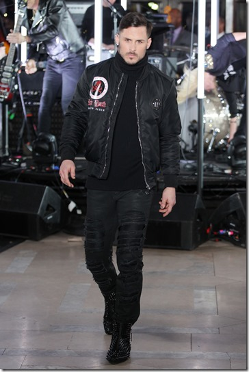 NEW YORK, NY - FEBRUARY 13:  Football player  Danny Amendola walks the runway wearing look #72 for the Philipp Plein Fall/Winter 2017/2018 Women's And Men's Fashion Show at The New York Public Library on February 13, 2017 in New York City.  (Photo by Thomas Concordia/Getty Images for Philipp Plein)