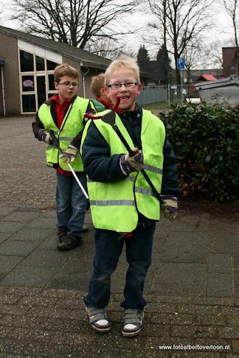 Landelijke opschoondag  Scouting overloon 10-03-2012 (67).JPG