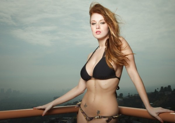 Who Is Leanna Decker