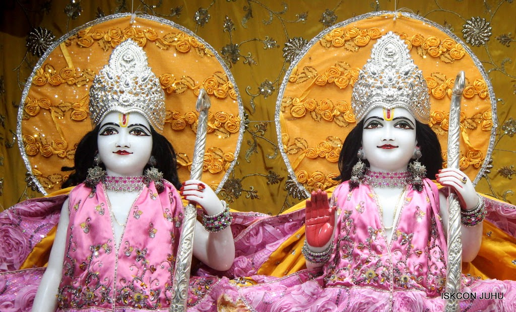 ISKCON Juhu Mangal Deity Darshan on 30th June 2016 (12)