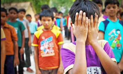 India: slum parents resist liberation of enslaved children