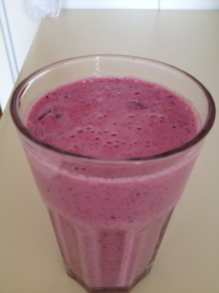 My Harcombe Diet Recipes: Mixed Berry Smoothie