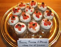 Verrines à la mousse d'avocat, crème de kiri et saumon - recette indexée dans les Entrées