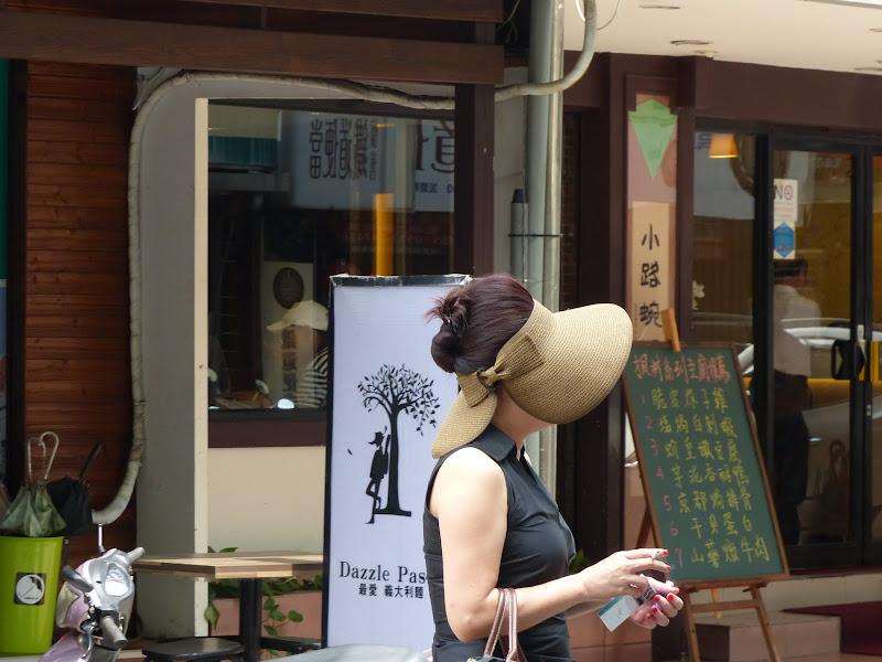 Taipei. Modélisme davions et Street art - P1250752.JPG
