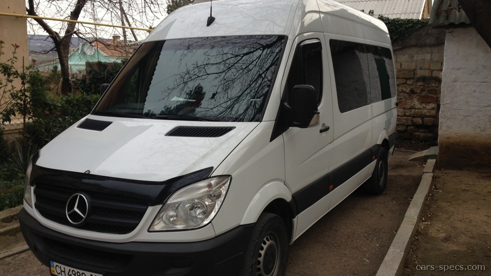 2011 mercedes benz sprinter van specifications pictures prices. Black Bedroom Furniture Sets. Home Design Ideas