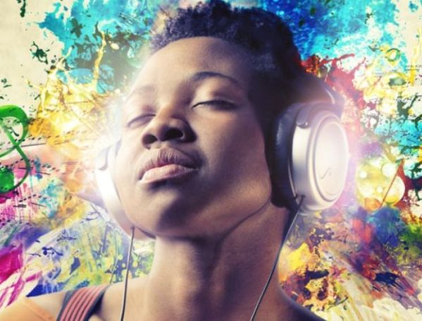 Here are some benefits of music that shows that it is good for your health.