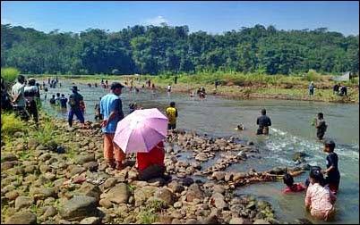 Tradisi Mupu Leuwi di Desa Citepok