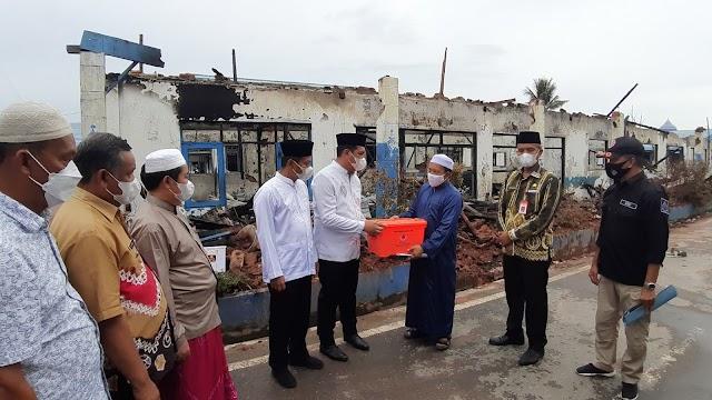 Pemko Banjarbaru Salurkan Bantuan Kebakaran Ponpes Al Falah