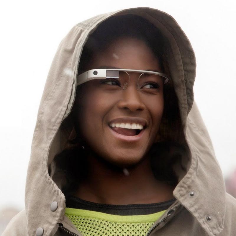 https://lh3.googleusercontent.com/-huHhzzTuea0/UaMlAfx45uI/AAAAAAAAGpc/Y2sRD6nMRhI/s800/Google_Glass_Promo.jpg