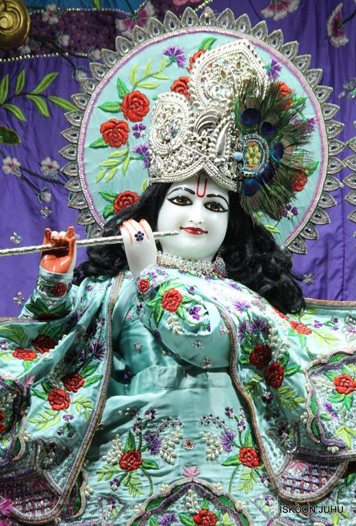 ISKCON Juhu Mangla Deity Darshan 17 Dec 2015 (23)