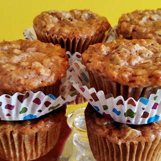 Apple and Spice Oatmeal Muffins