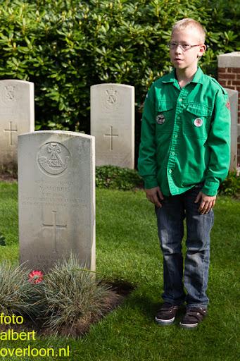 herdenkingsdienst  en een stille tocht naar het Engelse kerkhof 12-10-2014 (79).jpg