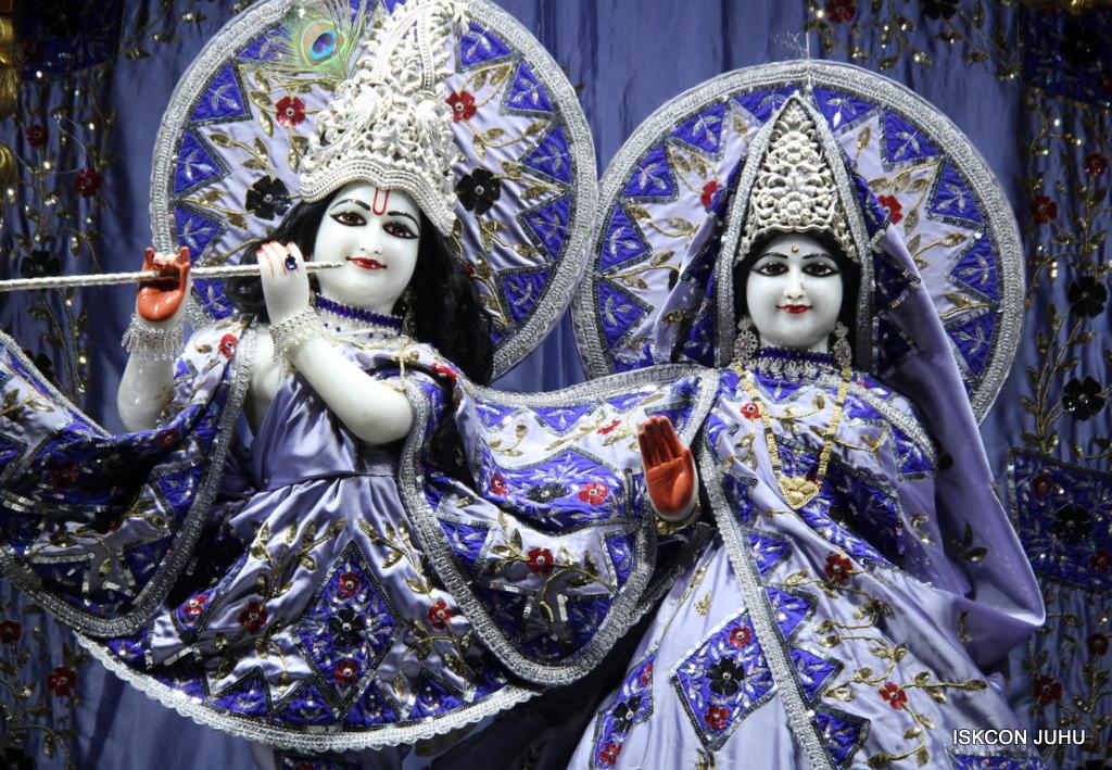 ISKCON Juhu Mangal Deity Darshan on 29th Sep 2016 (18)