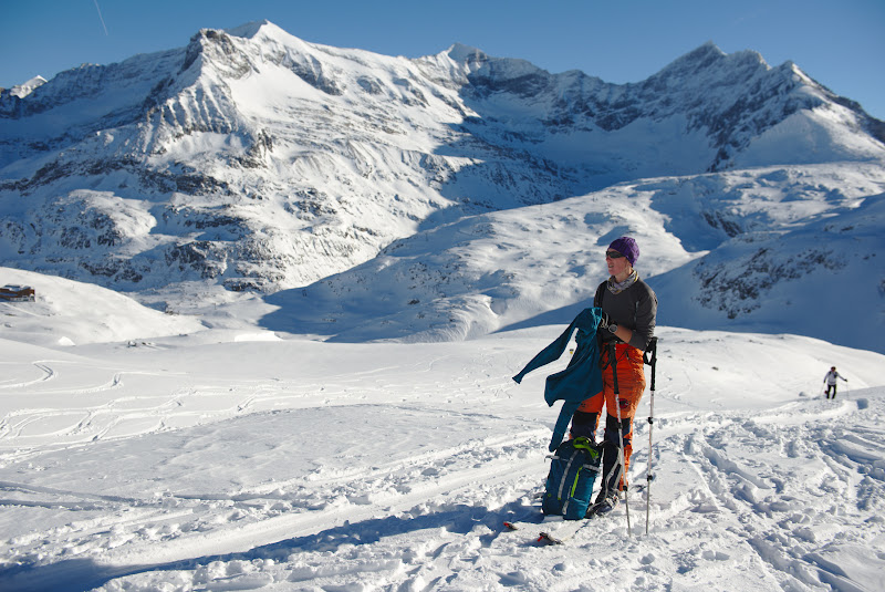 Soare de decembrie, si in departare singurul telescaun ai statiunii de schi.