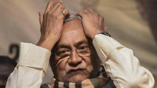 CM नीतीश कुमार को बीजेपी ने दिया बड़ा झटका, इस राज्य में JDU के 6 विधायकों को पार्टी में शामिल कराए