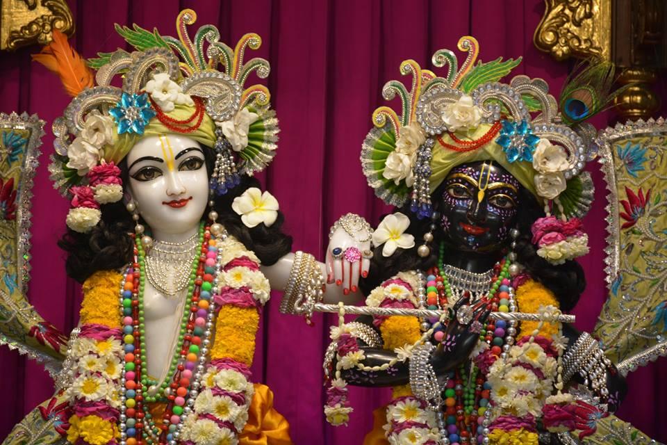 ISKCON Ujjain Deity Darshan 1 April 2016 (12)