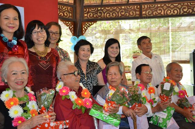 KM Vietnam mừng sinh nhật thầy cô  h19