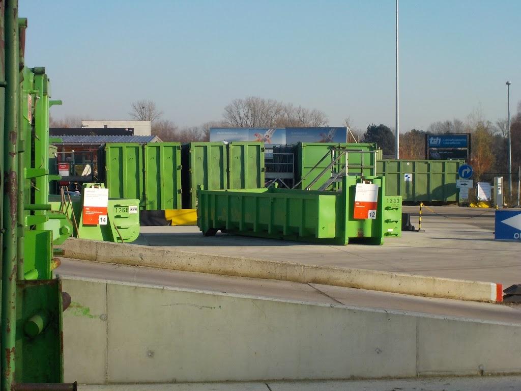De Knetters op bezoek in het containerpark - DSCN0083.JPG
