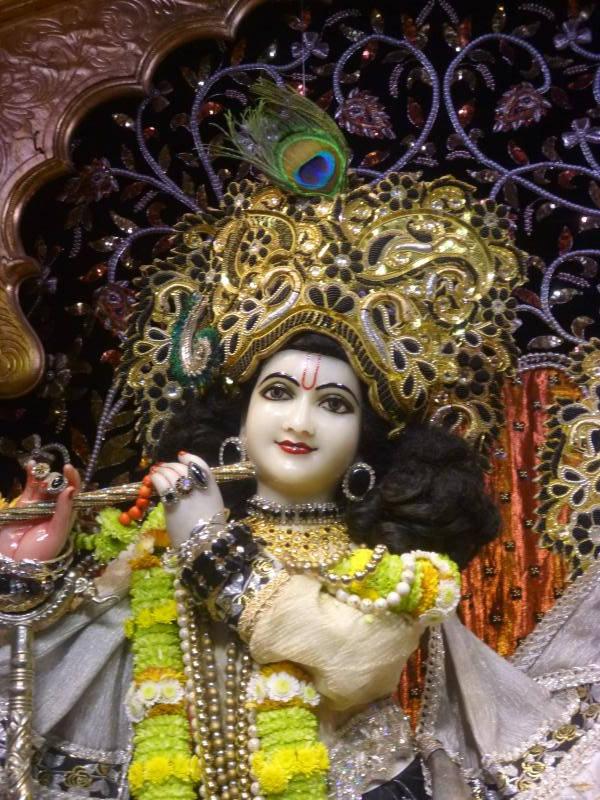 ISKCON Bhaktivedanta Manor Deity Darshan 16 Dec 2015 (7)