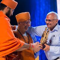 Guruji Delhi Award.jpg