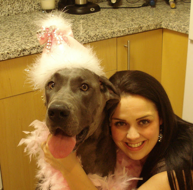 Gina & Luxe ready to party!