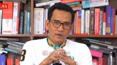 Refly Harun ikut berkomentar terkait keputusan pemerintah yang menyatakan FPI sebagai organisasi terlarang.