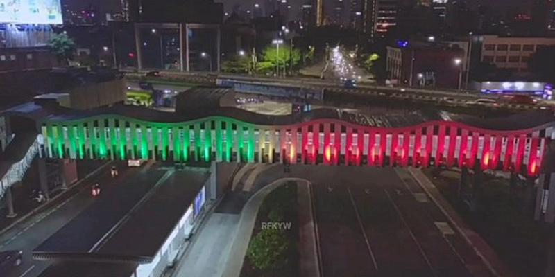 Tunjukkan Solidaritas, Lampu-lampu Sejumlah JPO Di Jakarta Bernuansa Palestina