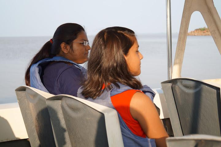 Omkareshwar and Hanmuntiya water resort - DSC06528.JPG