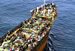 Nave di profughi