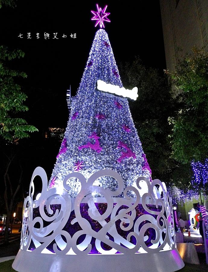 4 中國信託點燃生命之火聖誕裝飾