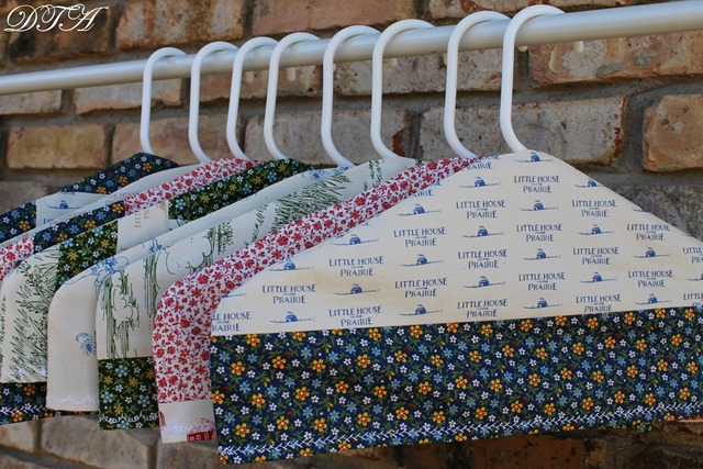 Fabric Covered Hangers 019