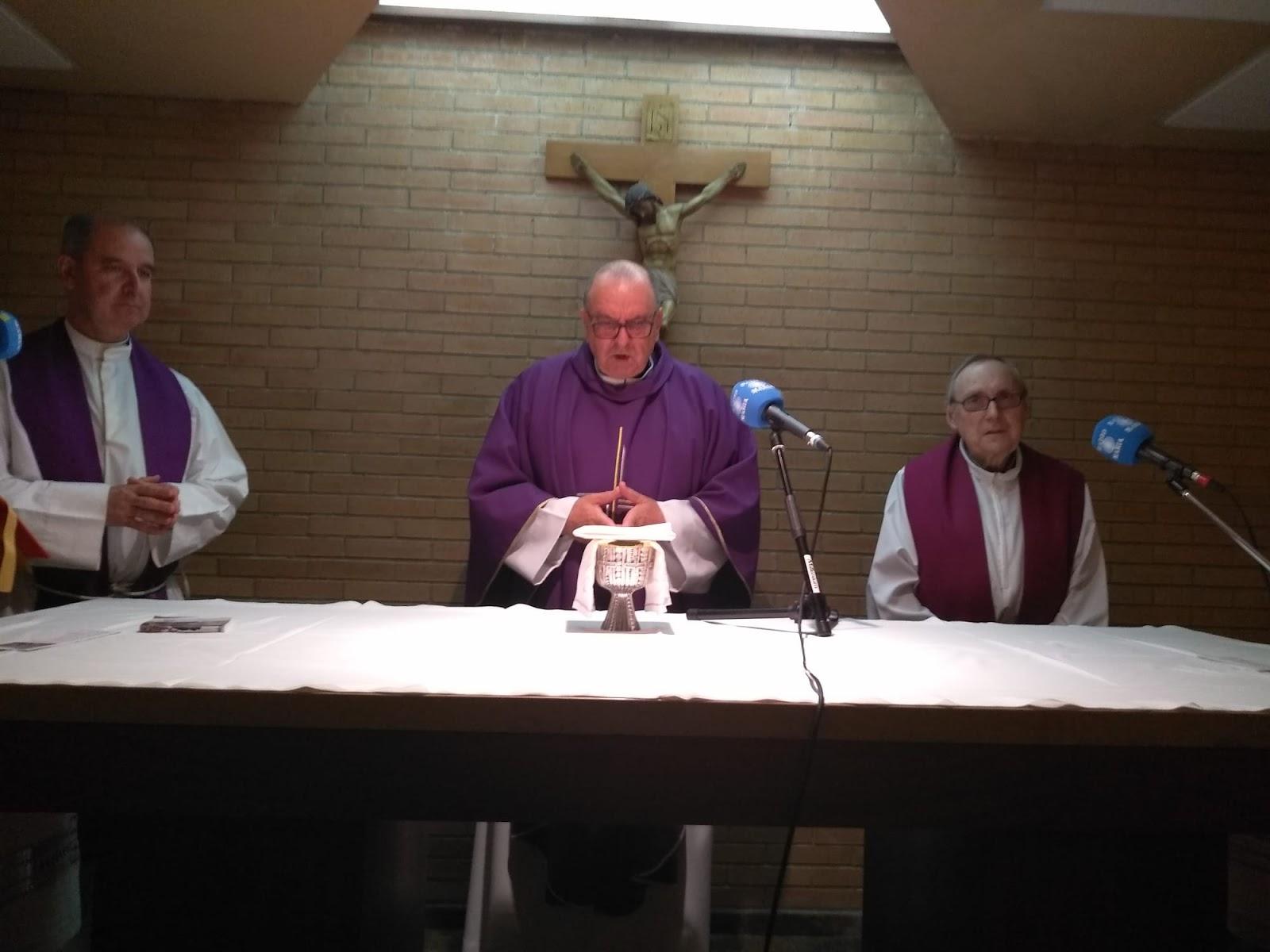 19:30 Retransmisión de la misa por Radio María