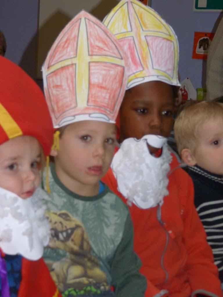 Sinterklaas op bezoek - P1060482.JPG