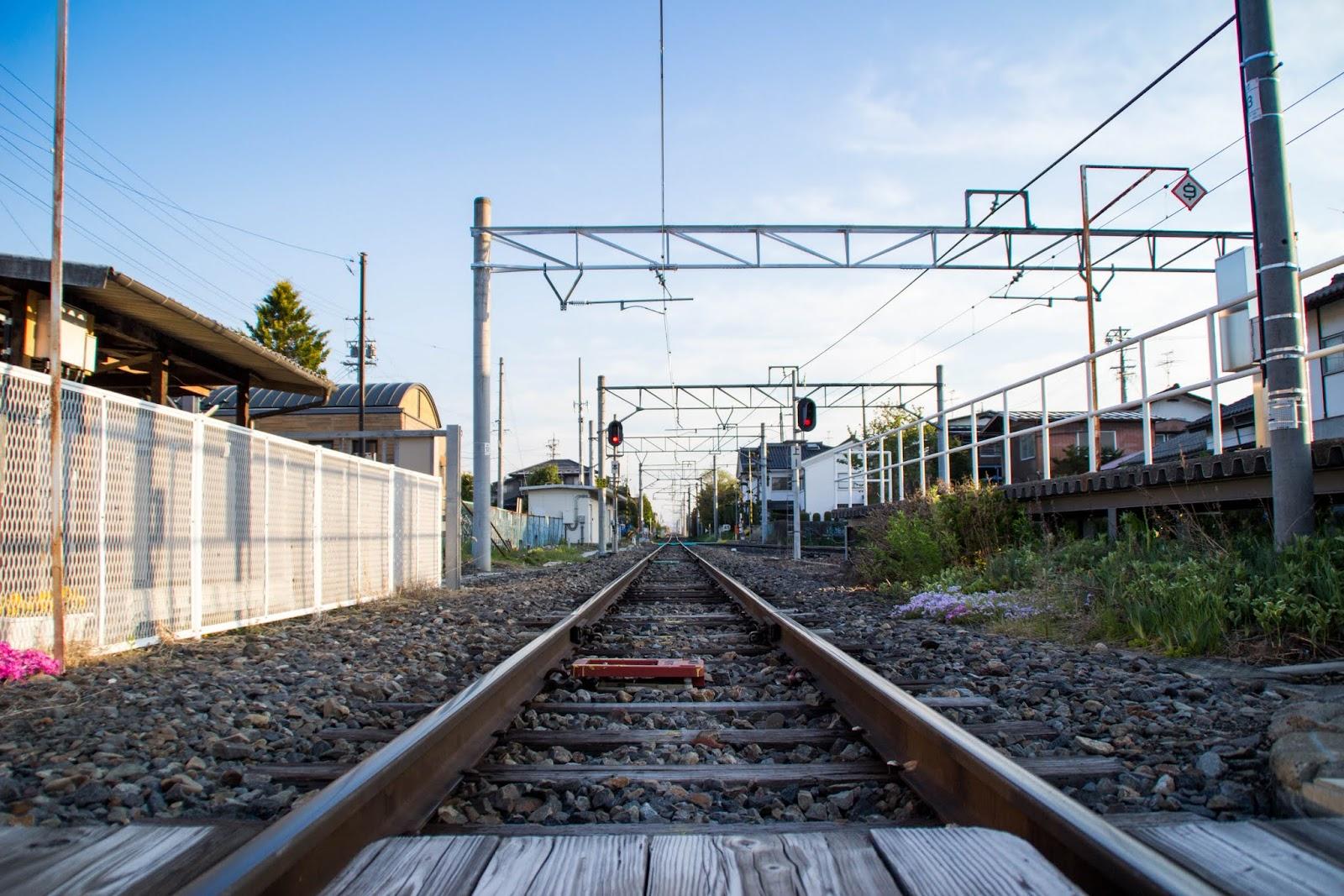 5:47 大糸線の線路