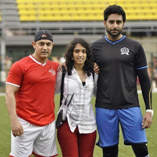 Ira Khan flanked by Aamir Khan and Abhishek Bachchan during a charity soccer match organised at Cooperage ground, on July 20, 2014.(Pic: Viral Bhayani)