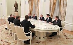 Vladimir-Putin-Thorbjorn-Jagland-5