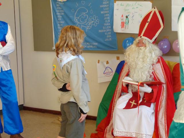 Sinterklaas op de scouts - 1 december 2013 - DSC00199.JPG