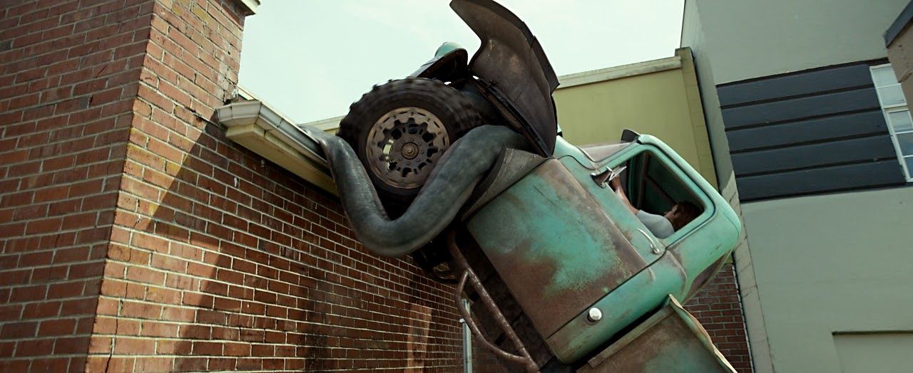 002-monster-trucks.jpg