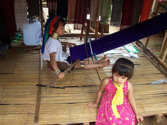 Long Neck Karen Children Weaving