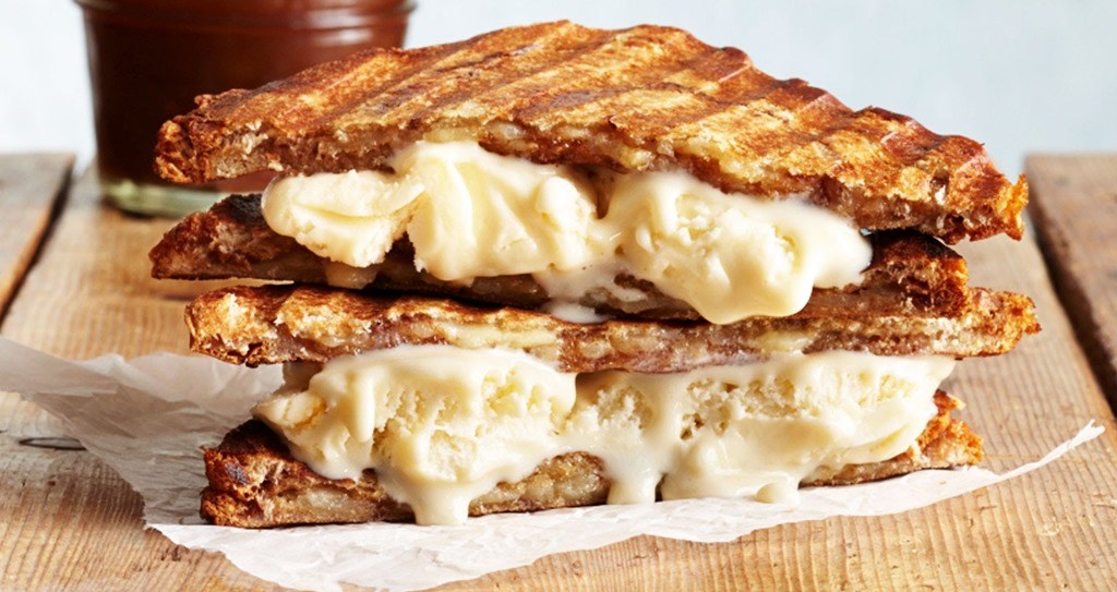 [grilled-cheese-ice-cream-sandwiches%5B4%5D]