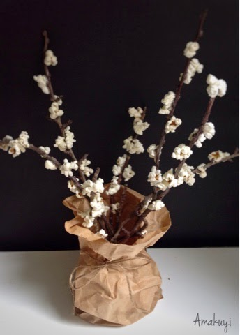 Fiesta-Diogenera-cerezos-flores-palomitas-ramas