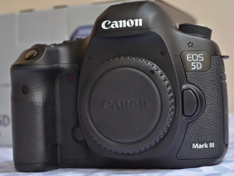 Chuyên máy ảnh 2nd hàng nội địa Nhật xách tay. Chất lượng-uy tín-Giá rẻ! - Page 5 Canon_eos_5D_mark_III_f2