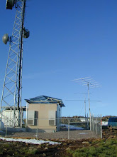 Photo: got to use a cell building, nice, but too much blower noise, almost went deaf,  VHF contest 2007   w4ov  k0ip