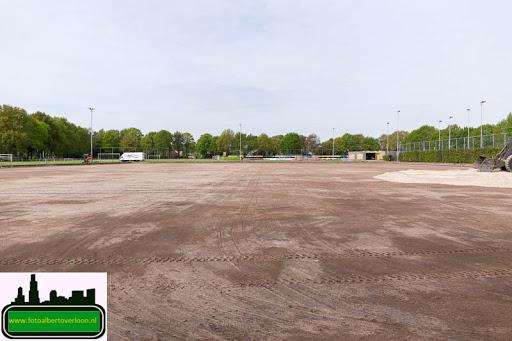 aanleg kunstgrasveld sss'18 08-05-2015 (11).jpg