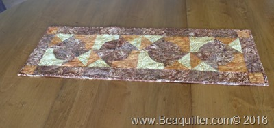accuquilt fall runner