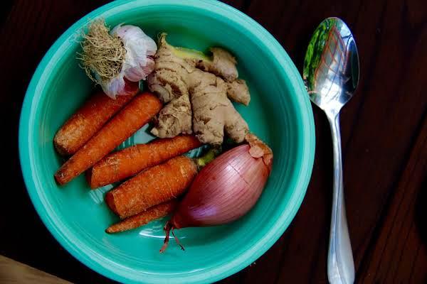 Creamy Thai Carrot Soup