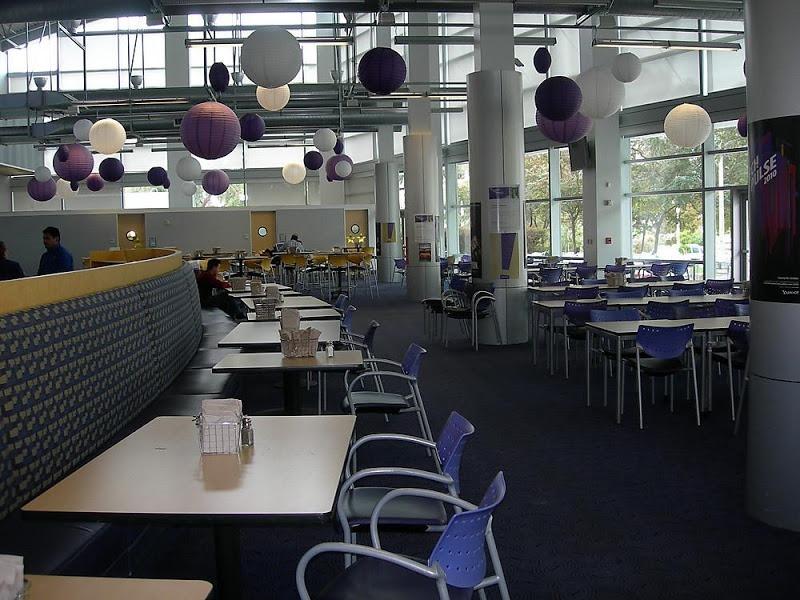 yahoos cafeteria design (4)
