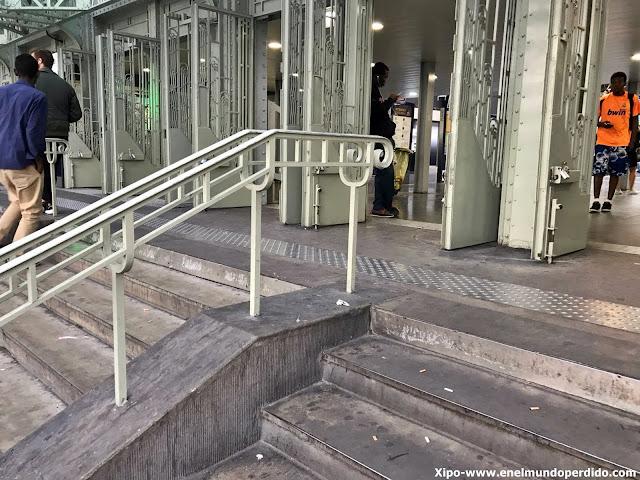 escaleras-gare-de-l'est-amelie.jpg